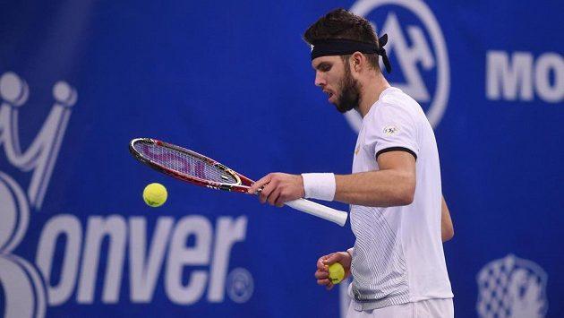 Jiří Veselý hájil ve finále extraligy tenistů barvy Prostějova.