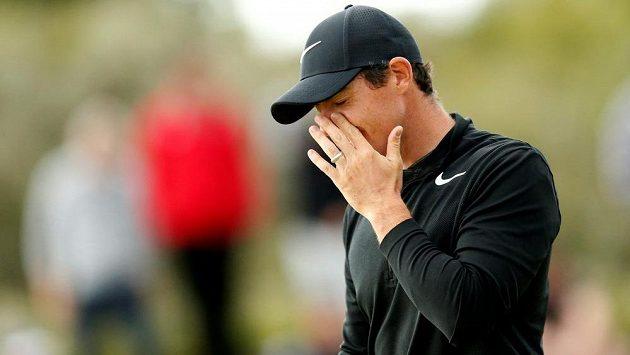 Golfista Rory McIlroy a jeho reakce během slavného British Open. A to ještě hvězda netušila, proč přišla o třetí místo.