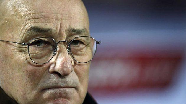 Po postupu na mistrovství světa u srbských fotbalistů nečekaně skončil trenér Slavoljub Muslin.