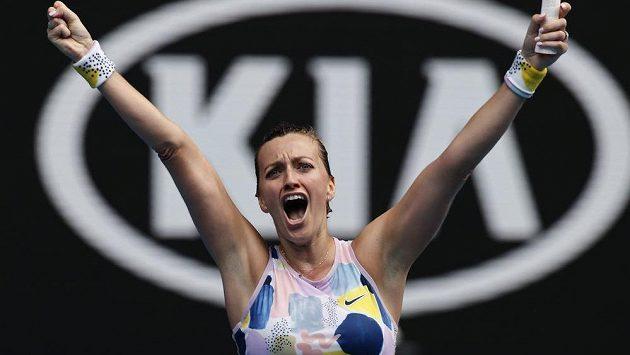 Kvitová slaví na Australian Open postup do čtvrtfinále.