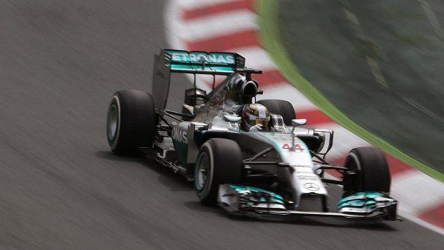 Britský jezdec Lewis Hamilton ze stáje Mercedes ovládl kvalifikaci na Velkou cenu Španělska.