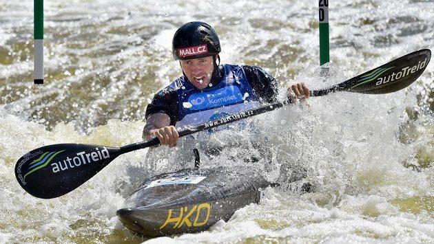 Český kajakář Ondřej Tunka v semifinále kategorie K1.