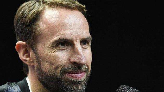 Trenér anglické fotbalové reprezentace Gareth Southgate na tiskové konferenci před utkáním proti českému národnímu týmu.