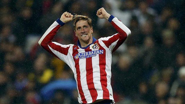Fernando Torres dvěma góly v odvetě osmifinále Španělského poháru pomohl Atlétiku k postupu přes Real.