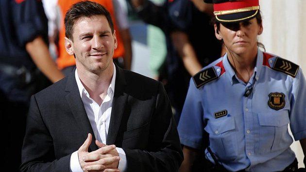 Lionell Messi půjde ve Španělsku kvůli daním přece jen před soud.