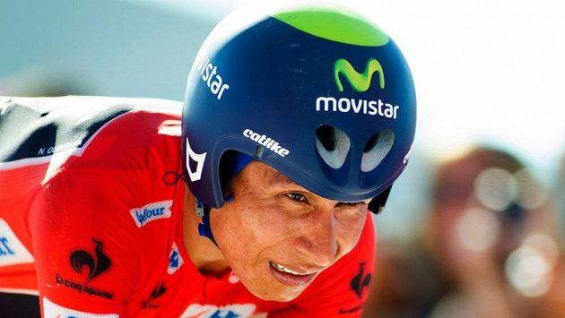 Kolumbijský cyklista stáje Movistar Nairo Quintana na trati Vuelty.
