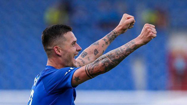 Roman Potočný z Liberce se raduje z rozhodujícího gólu v Ostravě.