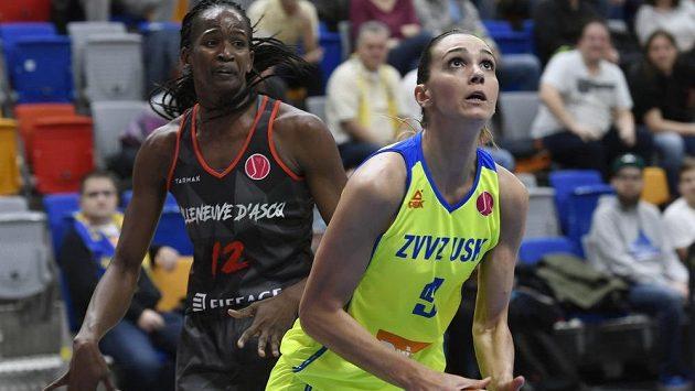 Zleva Mame-Marie Diopová z Villeneuve a Marija Režanová z USK.