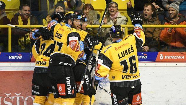 Pozitivní test na covid-19 se objevil i u hokejistů Litvínova.