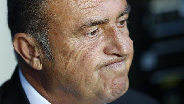 Trenér Turecka Fatih Terim má před zápasem s Českem plnou hlavu starostí.