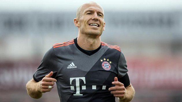 Záložník Bayernu Mnichov Arjen Robben se znovu zranil.