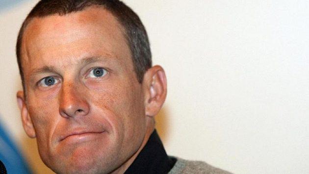 """Bývalý slavný americký cyklista Lance Armstrong v dokumentu """"Lance"""" promluvil o tom, čeho nejvíc lituje."""