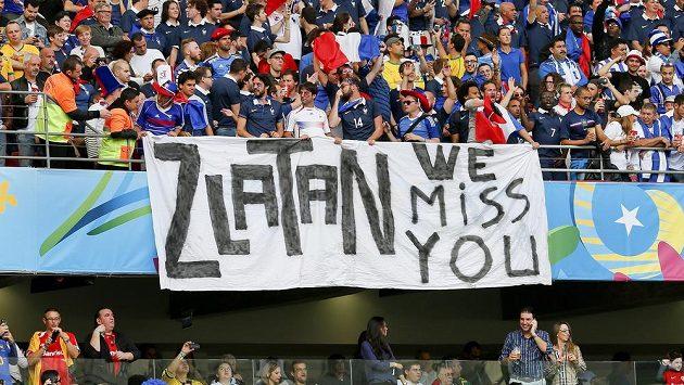 Některým fanouškům na MS v Brazílii hvězdný Ibrahimovic chybí.