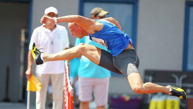 Překážkář Petr Svoboda během mistrovství republiky v Ostravě.