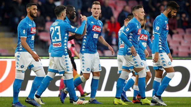 Gólová radost fotbalistů Neapole.