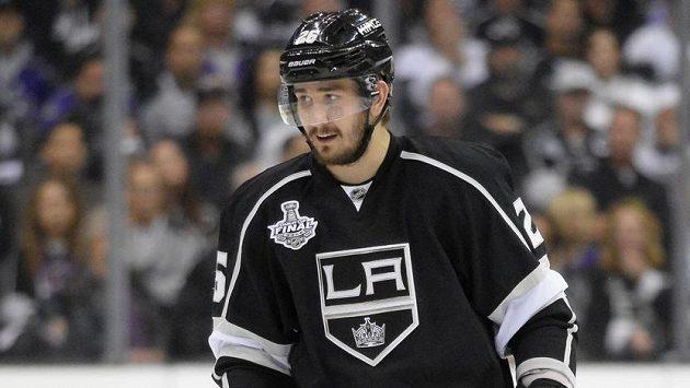 Ruský hokejový obránce Vjačeslav Vojnov stráví tři měsíce ve vězení.