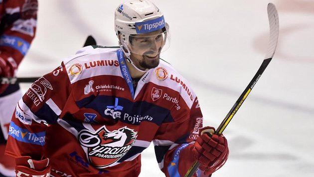 Pardubický obránce Tomáš Mojžíš se raduje z gólu proti Jihlavě.