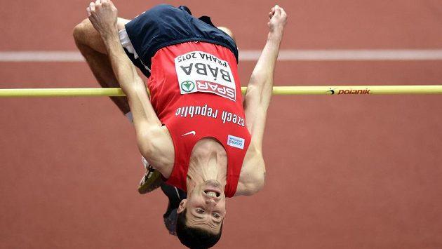 Výškař Jaroslav Bába v kvalifikaci během HME v atletice v Praze.