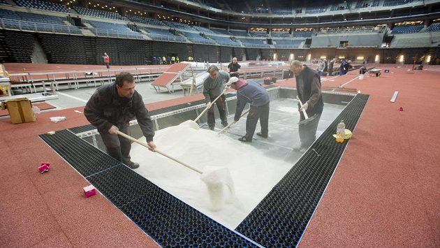 V pražské O2 areně chystají dráhu i sektory pro technické disciplíny.