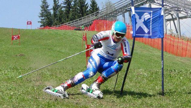 Český reprezentant v travním lyžování Martin Štěpánek.