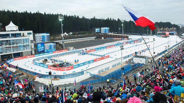 Vysočina Arena při SP v biatlonu v prosinci 2016.