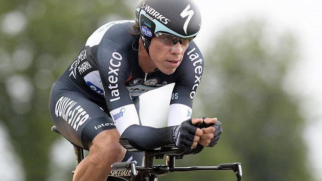 Kolumbijský cyklista Rigoberto Urán na trati časovky v rámci Giro d´Italia.