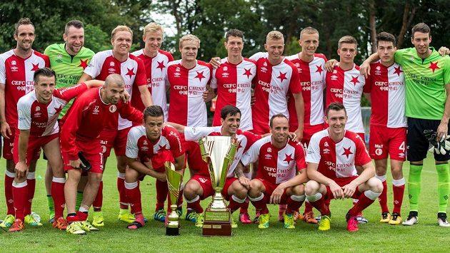 Fotbalisté Slavie Praha vyhráli Ministerský pohár v Čelákovicích.