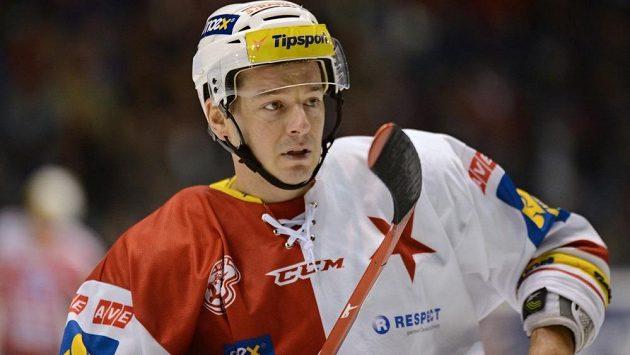 Obránce Jan Novák se Slavií získal dva extraligové tituly.