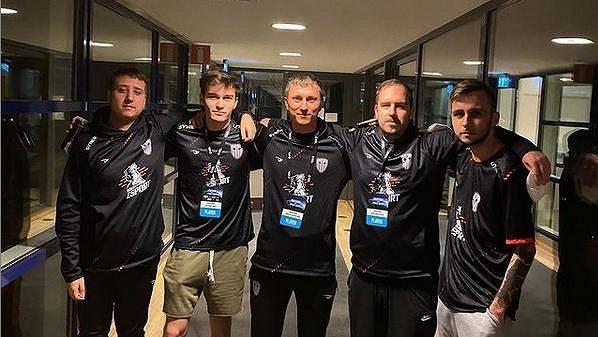 Sestava Sinners na IEM Fall, vyválčit postup na Major se českým střelcům nepodařilo. Zdroj: Instagram @sinnersesports