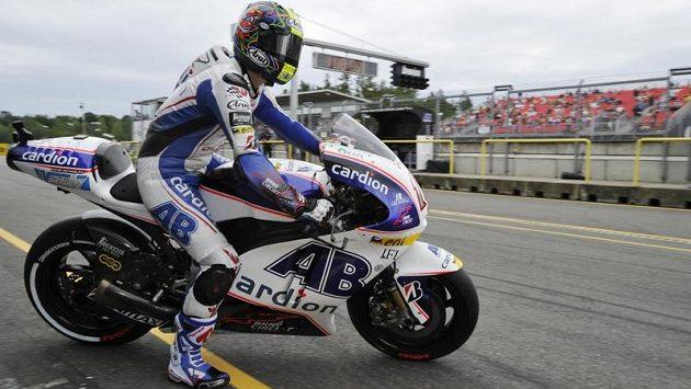 Karel Abraham během sobotní brněnské kvalifikace kategorie MotoGP
