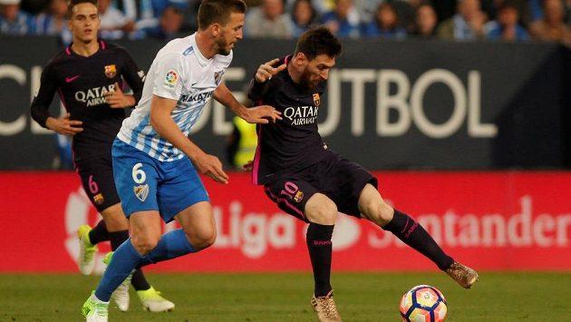 Kouzla barcelonského Lionela Messiho v utkání španělské ligy v Málaze nefungovala. Katalánci prohráli 0:2 a Neymar dokonce viděl červenou kartu.