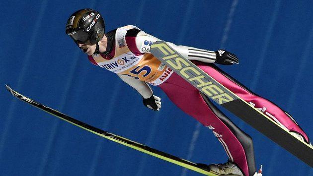 Roman Koudelka v Klingenthalu zářil v kvalifikaci soutěže jednotlivců a pak i v soutěži týmů.