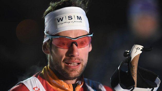Běžec na lyžích Dušan Kožíšek, dvojnásobný bronzový medailista z MS ve sprintu dvojic, ukončil v den svých 35. narozenin kariéru.