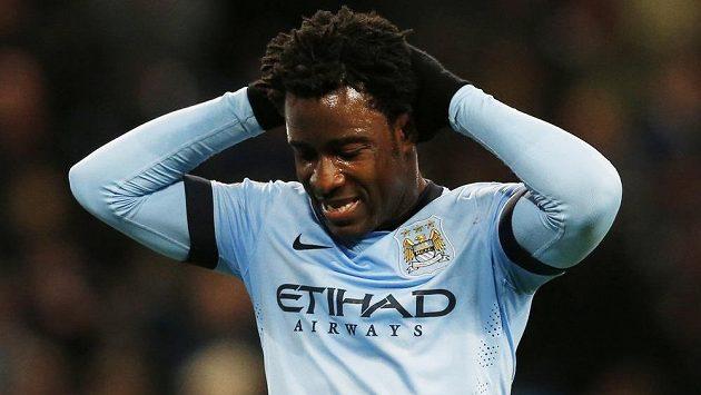 Bony Wilfried lituje neproměněné šance ve svém premiérovém duelu za Manchester City.