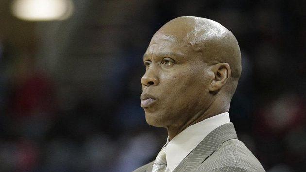 Trenér Byron Scott už nebude nadále působit v LA Lakers.