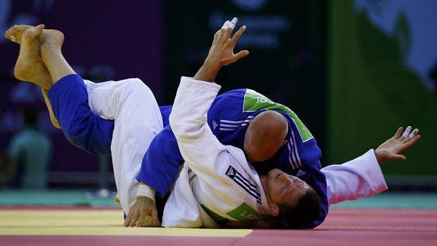Nizozemský judista Henk Grol (nahoře) znemožnil Lukáši Krpálkovi obhajobu titulu mistra Evropy v kategorii do 100 kg.