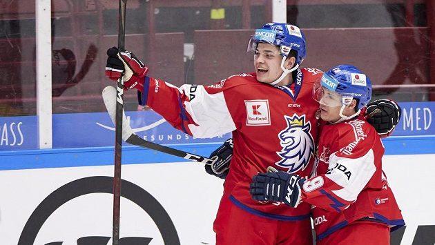 Radost Matěje Blümela (vlevo) ze vstřeleného gólu proti Finům.