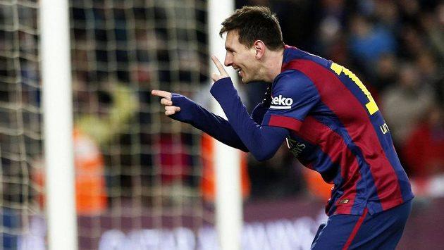 Lionel Messi přispěl hattrickem k výhře Barcelony v městském derby nad Espaňolem.