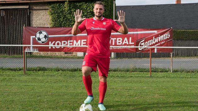 Fotbalový útočník Štěpán Kacafírek dal v posledním utkání za Červené Janovice deset branek.
