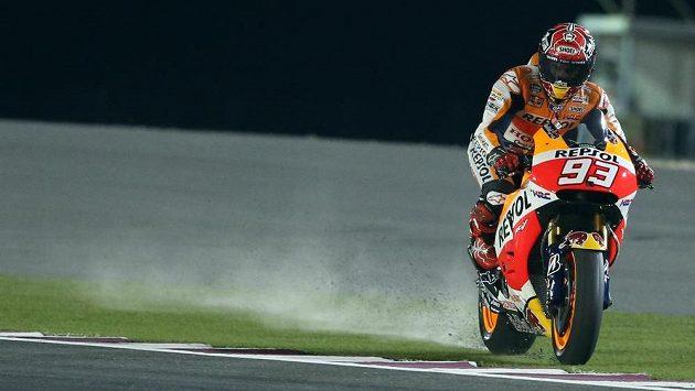 Španělský motocyklista Marc Márquez během tréninku na Velkou cenu Kataru.