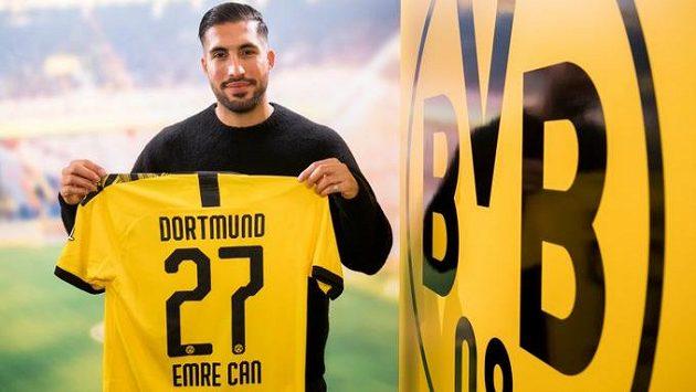 Záložník Emre Can z Juventusu Turín je novou akvizicí Borussie Dortmund.