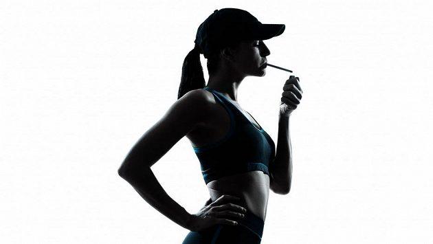 Kouřící běžec, běžkyně si škodí. A čas je to poslední, o co příchází.