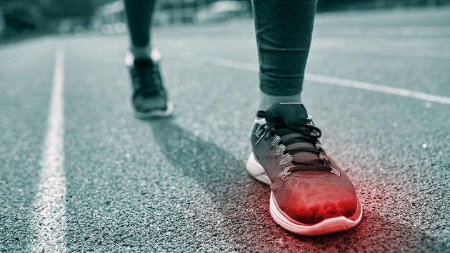 Únavové zlomeniny jsou strašákem běžců.