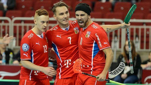 Radost tria Patrik Suchánek (zleva), Milan Tomašík a Tomáš Sladký z jednoho z gólů do norské sítě.