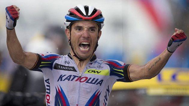 Velezkušený Joaquim Rodríguez se raduje z vítězství ve 12. etapě Tour de France.