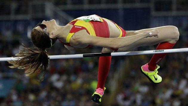 Španělce Ruth Beitiaové stačilo k vítězství v olympijském závodě výškařek skočit 197 cm.