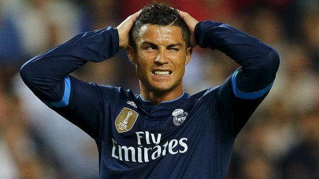 Hvězda Realu Madrid Cristiano Ronaldo v nominaci na nejlepší jedenáctku roku nechybí.