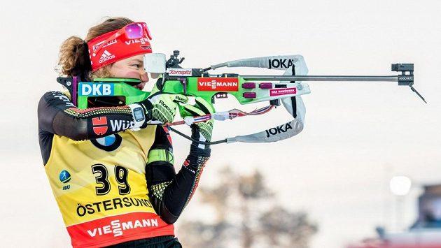 Laura Dahlmeierová si musí od biatlonu odpočinout