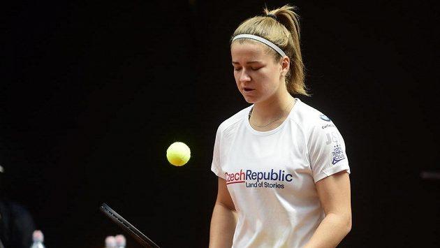 Česká tenistka Karolína Muchová v Prostějově před barážovým střetnutím Fed Cupu s Kanadou.