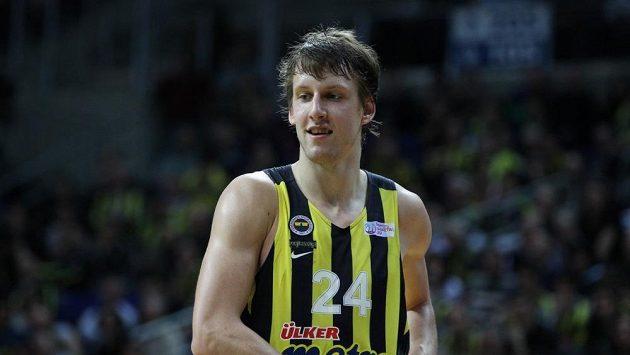 Basketbalista Jan Veselý v dresu Fenerbahce Istanbul.